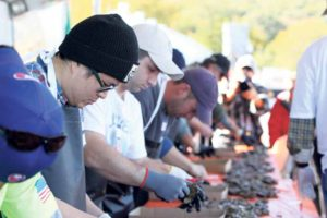 OF_ShuckingContest_101415D